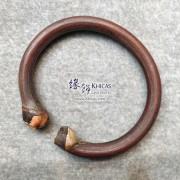 西藏雞血滕手環(圈口 65x57mm)