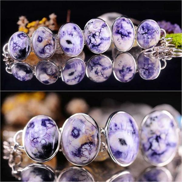 紫蛋白石(Tiffany Stone / Bertrandite)經打磨拋光後可制成多款精美首飾(網上圖片)- 緣飾天然水晶 Khicas Gems Jewelry